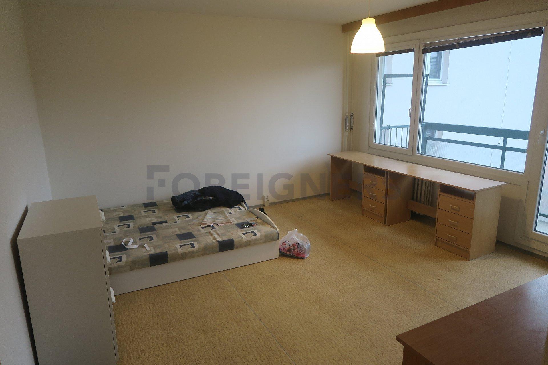 Terrific Room Pokoj Apartment For Rent In Brno Foreigners Cz Download Free Architecture Designs Jebrpmadebymaigaardcom